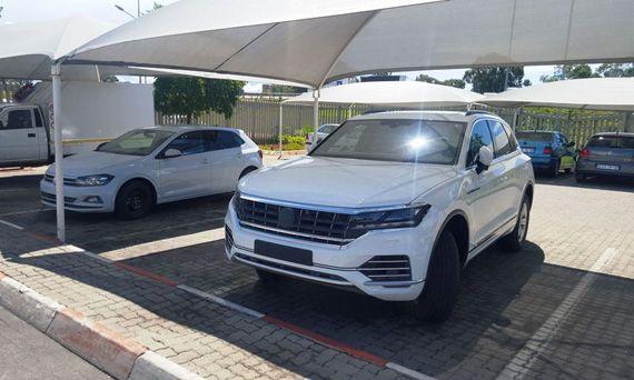 Внедорожник Volkswagen Touareg 2018 / Фольксваген Туарег 2018