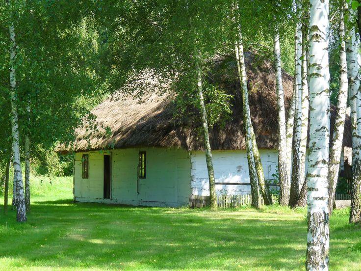 Z początkiem lat osiemdziesiątych XX wieku obok Wzgórza Zamkowego w Sieradzu zaczęto tworzyć Sieradzki Park Etnograficzny. #kulturalnełódzkie