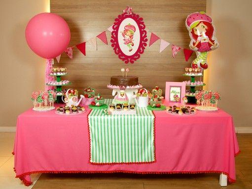 Festa da Moranguinho é festa para uma doce mocinha!
