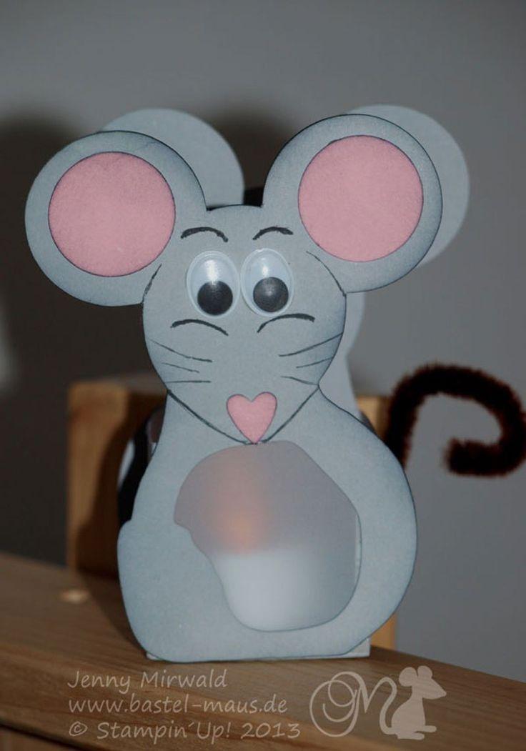 Hallo Ihr lieben, da ich in den letzten 2 Monaten regelrecht Bombardiert werde (was mich wirklich toooooootal stolz macht) mit Anfragen für die Schneidevorlage meiner Mausvorlage vom letzten Jahr, …