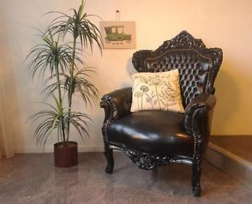 Gave barok fauteuil zwart gecapitonneerd stoel houtsnijwerk