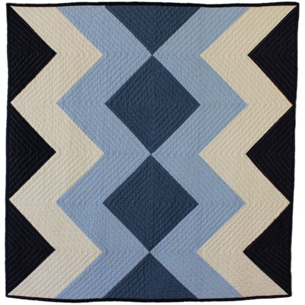 Zigzag Baby Quilt by Bunch & Rosa