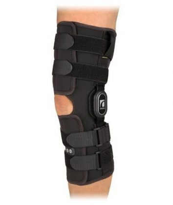 """Ossur and The Knee Shop have teamed up to present you with 4 variations to choose from 4 models available in both slip-on and wraparound versions Ossur's Rebound ROM Hinged Knee Brace product line is a comprehensive portfolio of high-quality Cooltech fabric supports designed to meet the needs of any patient."""