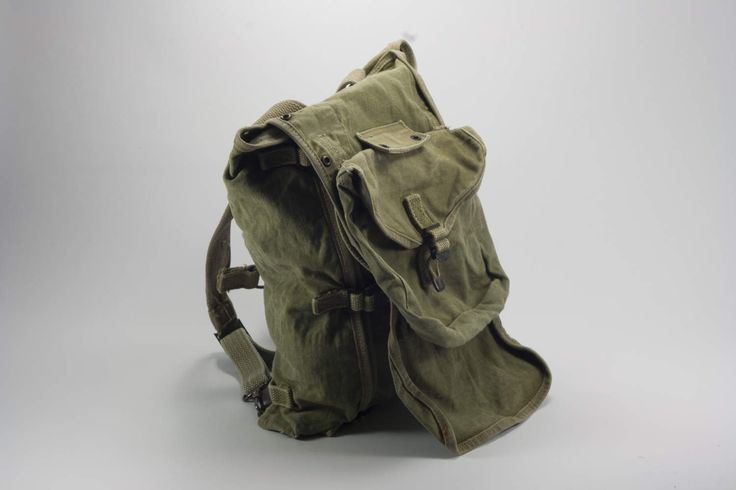 US Army Bag, U.S. military bag, vintage army backpack, 40s Military canvas backpack. by yesterdaysgaze on Etsy