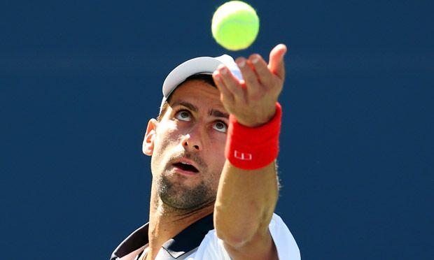 Novak-Djokovic-serves-011.jpg 620×372 pixels