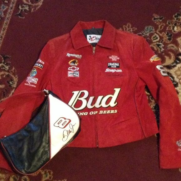 What a Bundle Dale Earnhardt Jr jacket and purse What a bundle Dale Earnhardt Jr leather jacket size Medium and leather purse from Wilson leather. This is great for any nascar fan. Only used once putting it at a low price because I would like anyone that will wear it and love it to be able to afford such a treasure. The coat cost me 125.00 at the Dover nascar race and the purse was 80.00 pure leather Happy Shopping Wilsons Leather Jackets & Coats