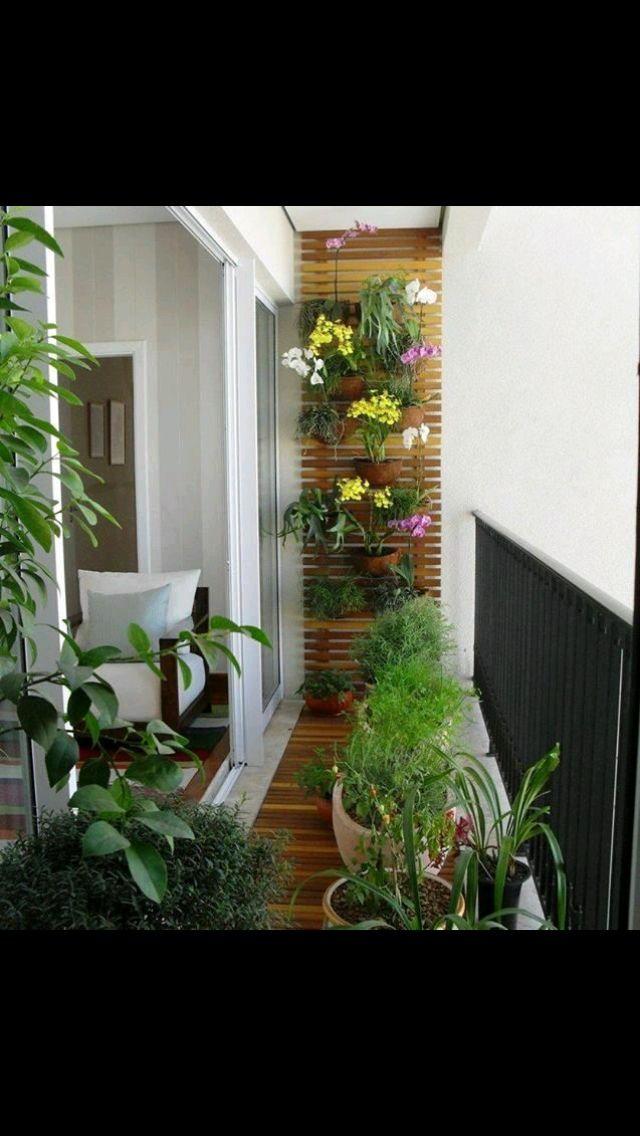 Balcon con florez decorado