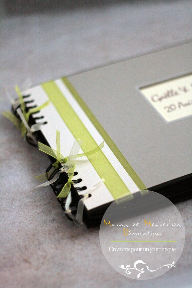 Livre d'or - vert anis et taupe http://www.mainsetmerveillesdeco.fr/