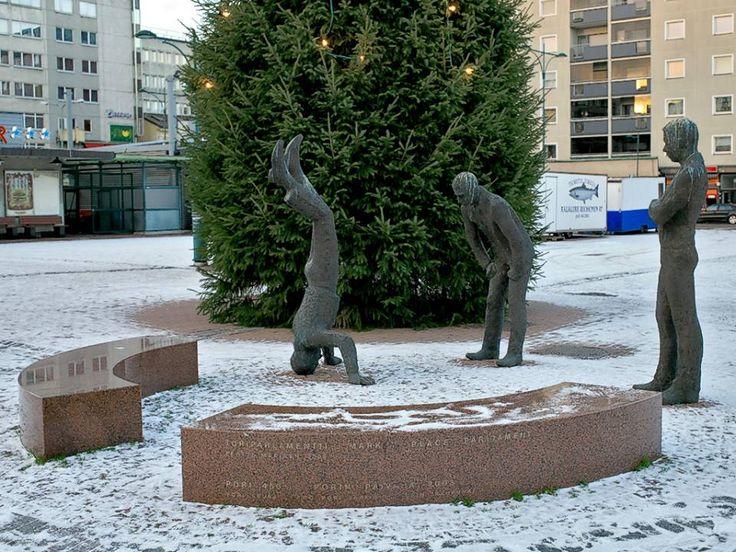 Toriparlamentti, Porin Kauppatori Pertti Mäkinen 2008 — paikassa Pori.-------- https://www.facebook.com/photo.php?fbid=10152025221407980 Finland