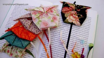 Marcadores de livros de corujas em origami, diagrama aqui: http://www.shoko-origami.com/archive/mimizuku.pdf