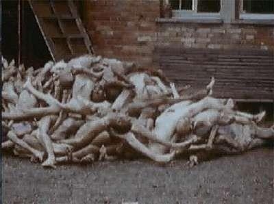 #Holocausto #nazi  Alfred Eisenstaedt  1945  Fin de la Segunda Guerra Mundial. Campo de concentración de Dachau