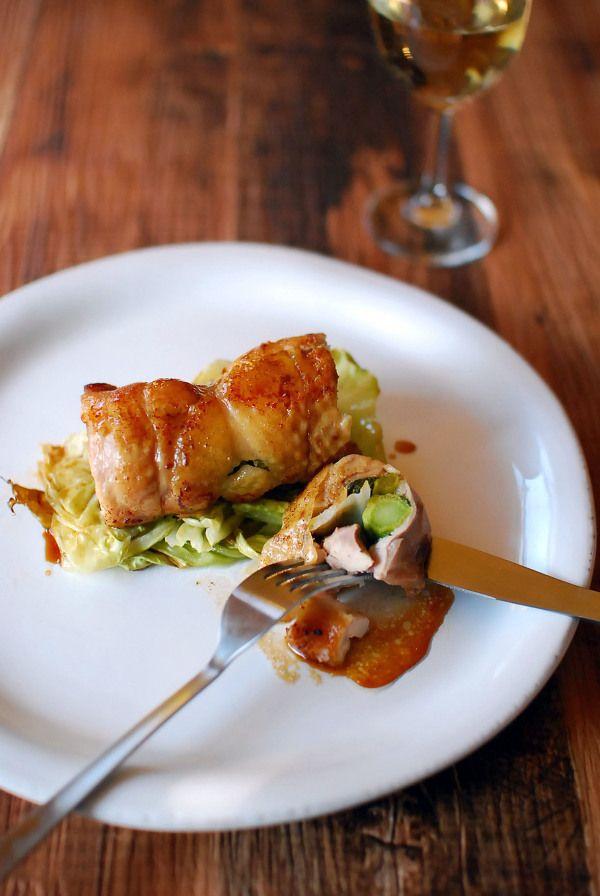 菜の花を巻いた鶏もも肉のロースト、照り焼きたれ。 by k e i | レシピ ...