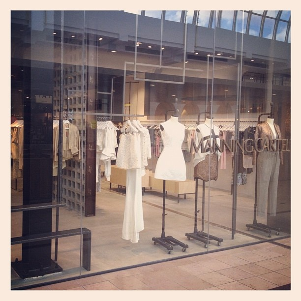 Our beatiful new Chadstone Boutique!!    Manning Cartell Chadstone  Ground Floor, Shop 408  Chadstone Shopping Centre  1341 Dandenong Road, Chadstone  03 9568 6888  chadstone@manningcartell.com.au