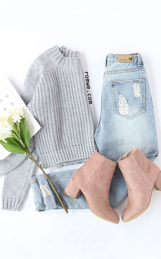 Grey Raglan Sleeve Crop Sweater with blue denim and pink boots from romwe.com
