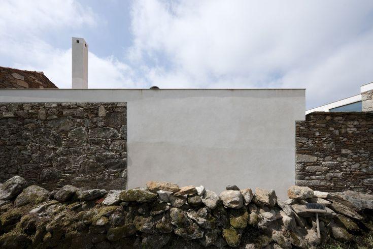 Brandao Costa . house restauration . Arga de Cima  (4)