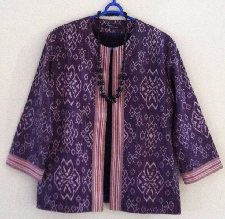 Blazer Tenun in purple