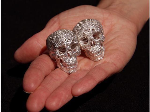 Crania Anatomica Filigre (silver) by Joshua Harker on Shapeways