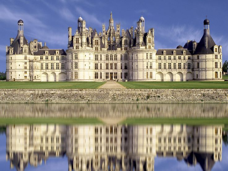 chateau_de_chambord_loire_valley_france.jpg (JPEG Image, 1600×1200 pixels) - Scaled (70%)
