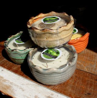 Swan Creek soy candles are well known for their quality in scent and packaging. Made in America with clean burning soy and lead free wicks.  Bowls are 17oz and approx. 50+ hours burn time.  Pottery bowls come in a variety of designs and scents - carefully look through our current stock options in the pull down menu.  Pottery bowls are refillable; please see our soy wax refill tubs.