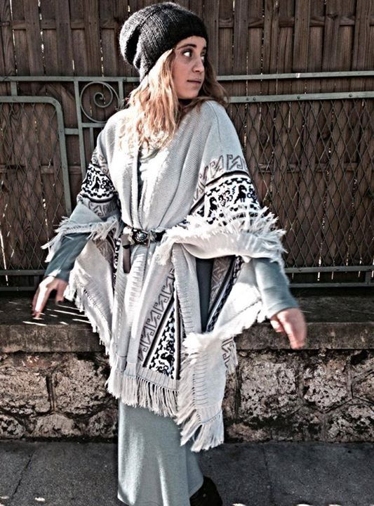 "Antriana feat. ""Sapphire"" #handmade #poncho by #nidodileda #boho #bohemian #clothing"