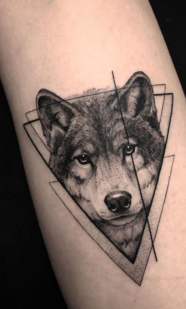 fantastische geometrische Wolf Tattoo-Ideen © ️️ Tätowierer Lucas Martinelli 💙 …