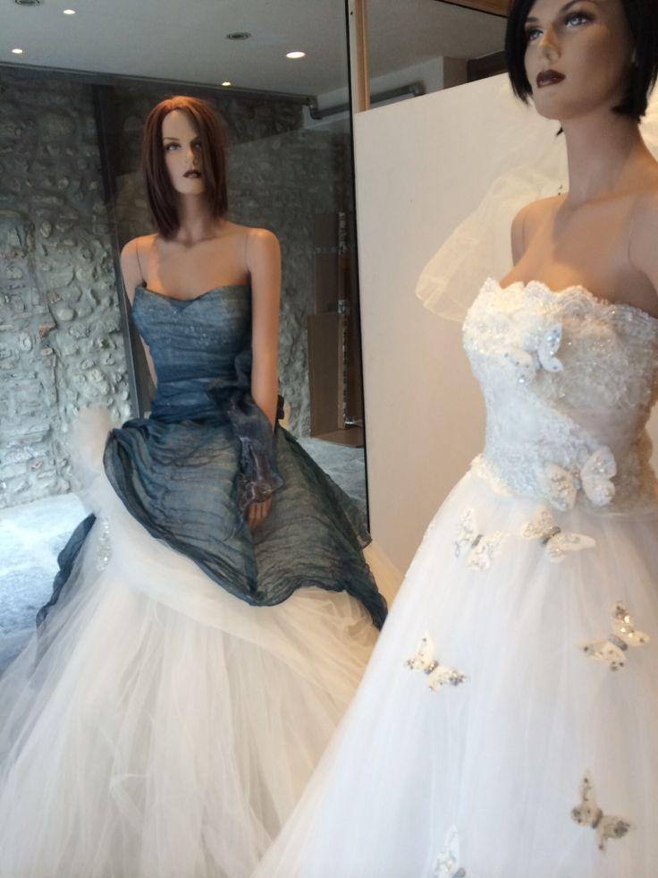 Avete visto la mia Capsule Collection su Tess......al jeans ho voluto aggiungere un soffio di primavera....che ne pensate? Alessandro Tosetti www.tosettisposa.it Www.alessandrotosetti.com #abitidasposa #wedding #weddingdress #tosetti #tosettisposa #nozze #bride #alessandrotosetti