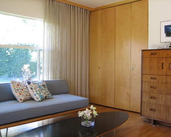 Bedroom Mid Century Garage Doors Design, Pictures, Remodel, Decor and Ideas - page 4