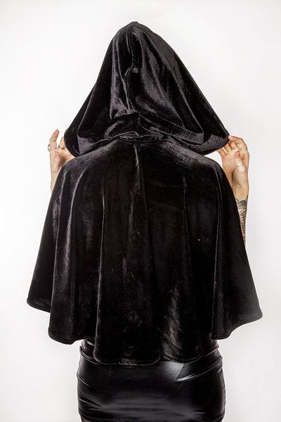 A cape version of the 3/4 and full length cloaks, available in jewel colours like red, purple and black for medieval, goth or elvish costumes. http://www.galleryserpentine.com/collections/jackets-coats/products/skating-cape?variant=8895847171