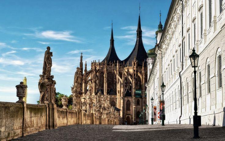 Экскурсия из Праги в  Кутну гору и замок Штернберк