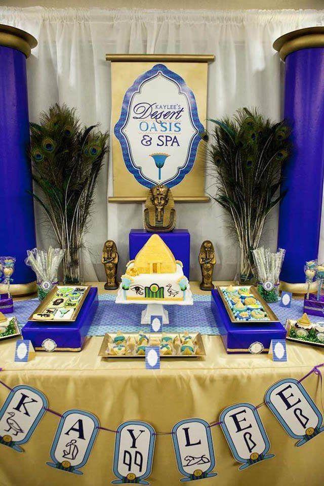preciosa decoración temática para evento de Egipto