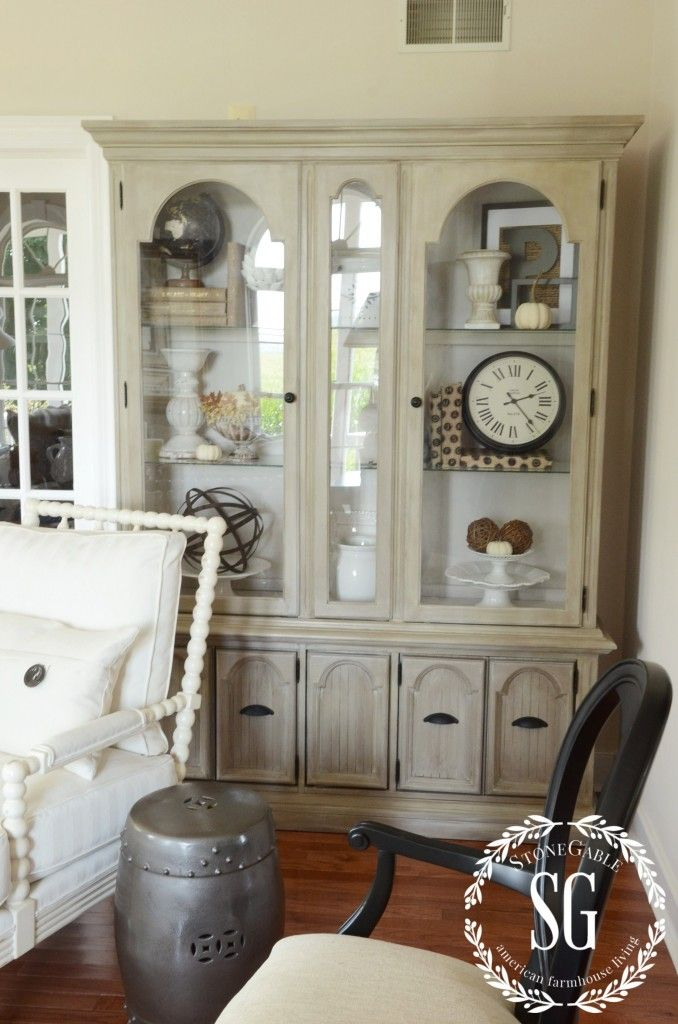 1000 ideas about hutch decorating on pinterest black for Living room hutch