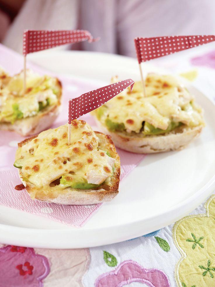 Csirkés melegszendvics // Hot Chicken Sandwich