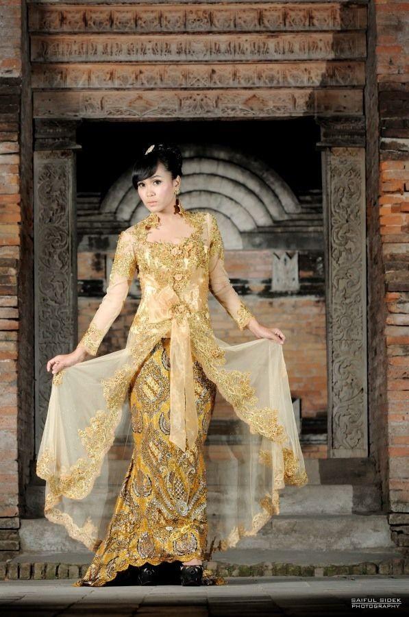 Batik Kebaya by Saiful Sidek, via 500px