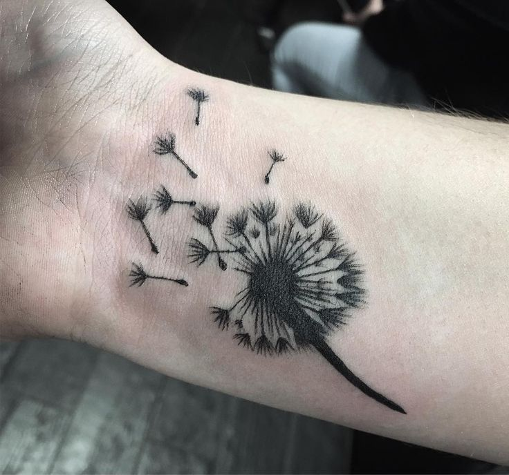 Simplistic dandelion for Jessica. Was so nice meeting you and your mom thanks again for coming in guys!