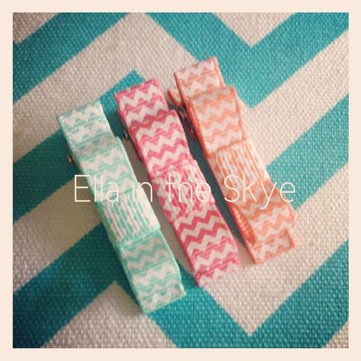 Too cute chevron bow clips from www.facebook.com/ellaintheskyegifts #chevron #handmade #ellaintheskye #bows #hairclips