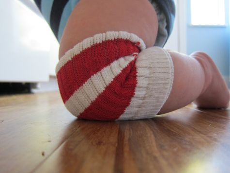 DIY Knee Protectors. Great for summertime and crawling babies!
