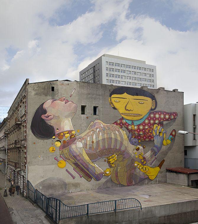 Aryz artista español que trabaja creando grandes murales. Mural: Ballad. Fachada del edificio Lodz, Polonia. http://www.aryz.es/