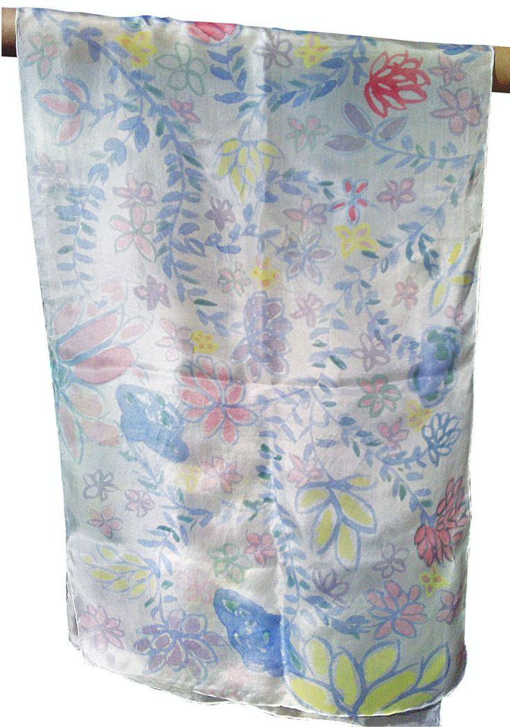 Silk Scarf handpainted flowers on a white background, Zijden sjaal met de hand beschilderd 140 x 40 cm (55 x 15, 5) inches door Silkatelier op Etsy