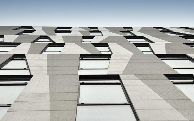 Amazon Court. Praga, Czechy. Szkło: SGG COOL-LITE SKN 174. #glass #architecture #desing #public_space