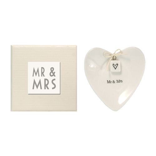 For Weddings: Ring Plate - Mr & Mrs - Two Paper Dolls by Bec Hamilton  #wedding #bridalparty #ringbearer