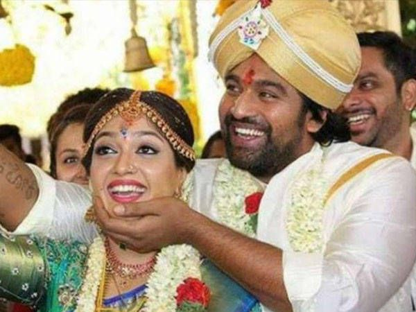 Late Chiranjeevi Sarja S Wife Meghana Raj Shares An Emotional Note For The Actor In 2020 Hindu Wedding Indian Wedding Ceremony Happy Married Life
