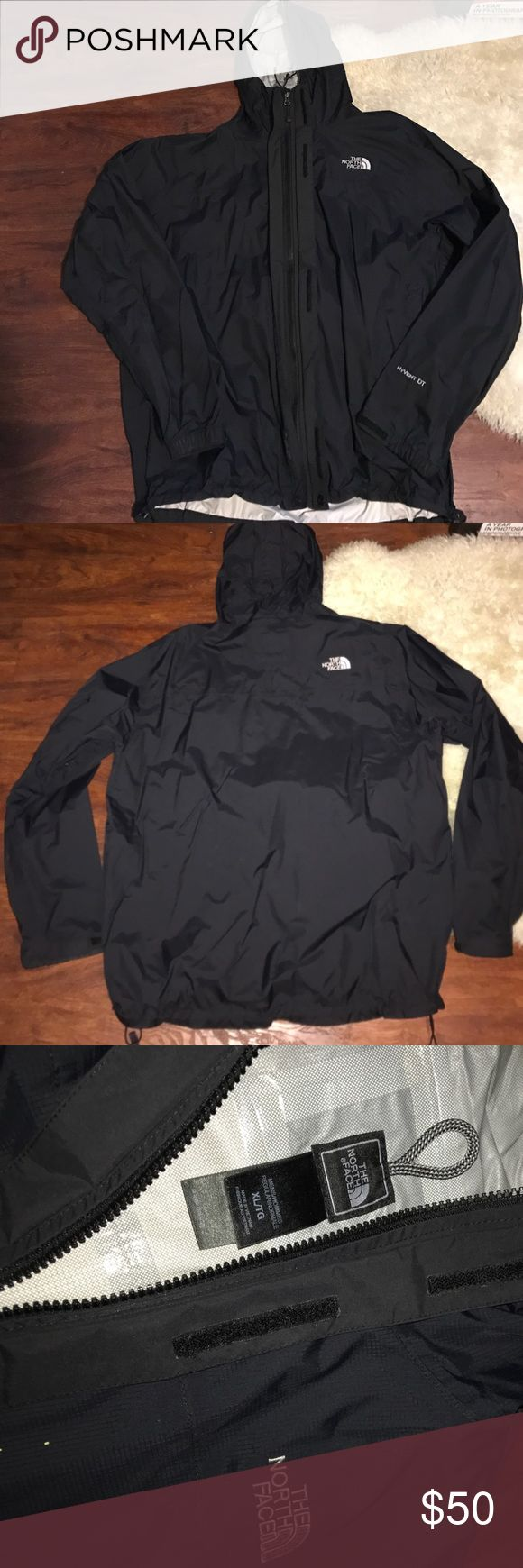 Men's North Face windbreaker XL Worn lightly. In great condition. No stains or marks or tears. 100% authentic. The North Face Jackets & Coats