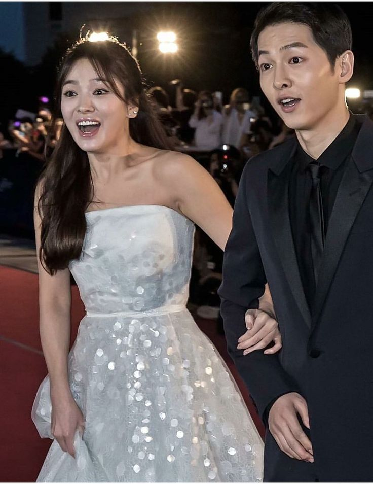 14 Photos of Song Joong Ki and Song Hye Kyo looking absolutely stunning on the…
