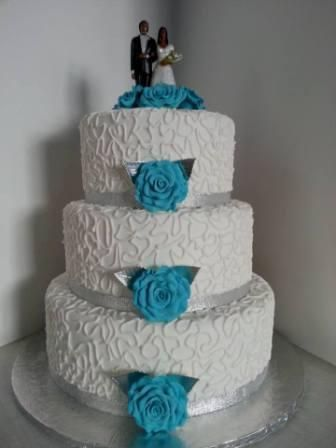 turquoise blue and white wedding cakes 25 best ideas about turquoise wedding cakes on 21306