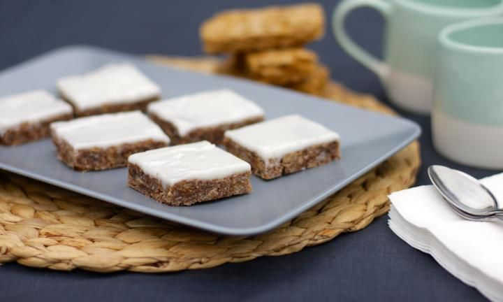 Always popular and so easy to make, this Weet-Bix slice recipe is a great way to involve the kids in the kitchen. Let them crush up the Weet-Bix for the base and pour on the icing after it's baked.