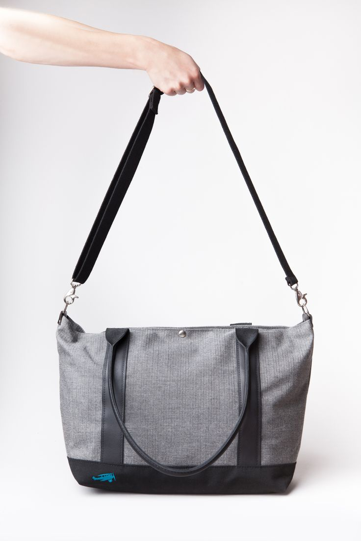 Make your Sazerac Tote versatile with a shoulder strap! Add this #accessory to your #customized #bag when you order. #VesperFaering #startup #Vancouver #Canada #style #fashion #accessories #travel #traveltips #travelhacks #organization #luggage #gift #giftideas