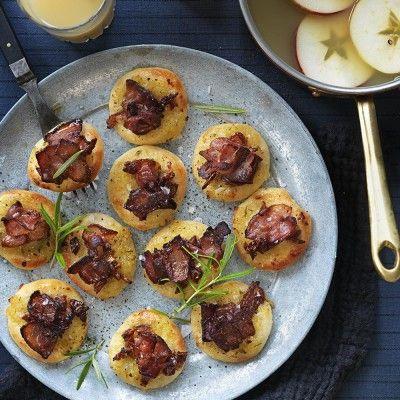 Minipizzor med bacon och dadlar