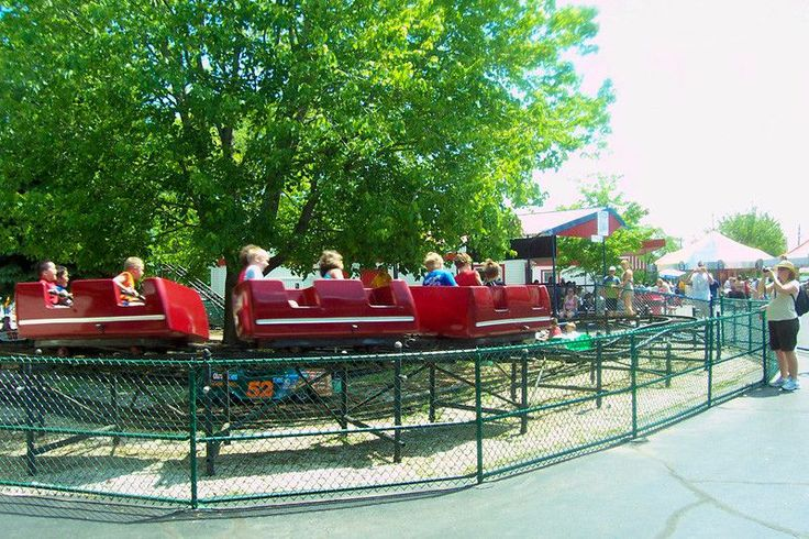 image source http://earth66.com/rides/little-dipper-built-1952-oldest-operating-steel-roller-coaster-north-america-memphis-kiddie-park-brooklyn-ohio/