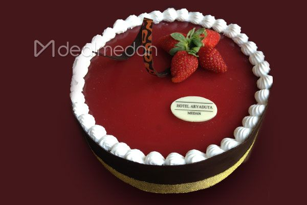 Raspberry Delight Mousse Cake From Hotel Aryaduta Medan