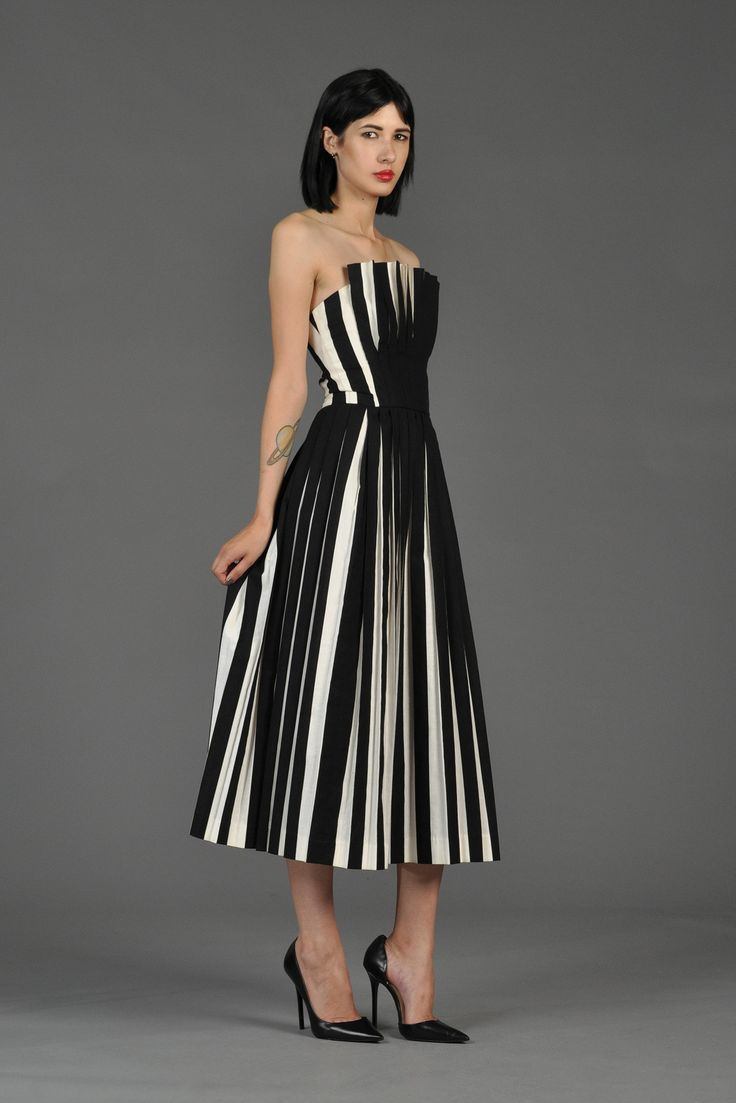 Victor Costa black and white pleated cocktail dress - for Aly retro repro style 80s does 50s